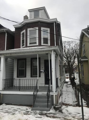 18 Pierce Avenue Photo 1
