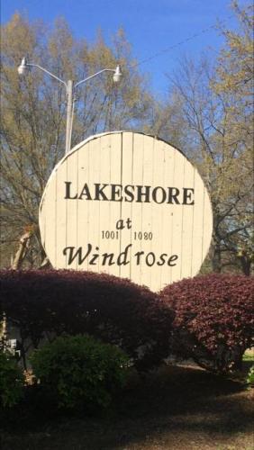 1052 Windrose Drive #52 Photo 1