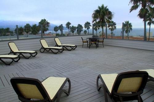1200 S Catalina Avenue Photo 1