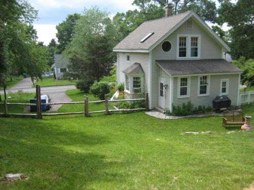 77 Greenwood Drive Photo 1