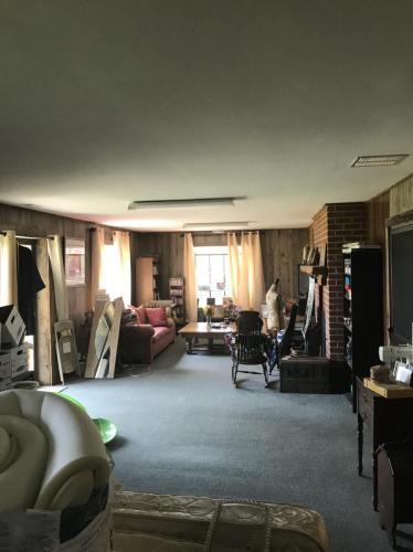 220 Shady Grove Lane Photo 1