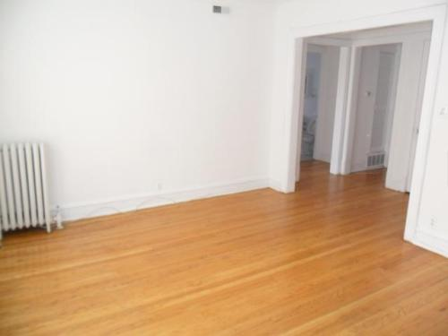 1553 W N Shore Avenue #3 Photo 1
