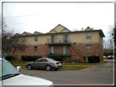 922 E College Street Photo 1