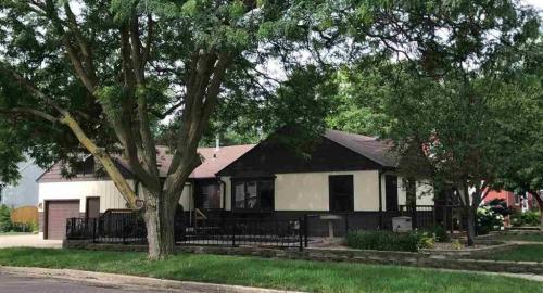803 W 37th Street #HOUSE Photo 1