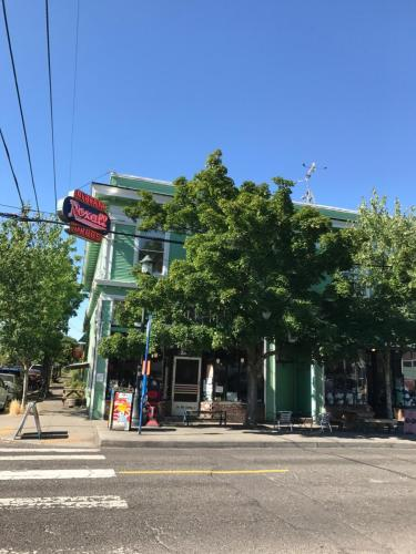 2405 NE Alberta Street #2 Photo 1