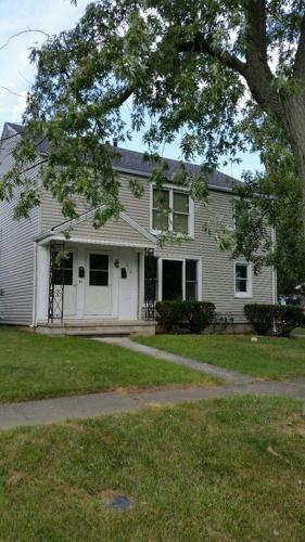 216 Ely Avenue Photo 1