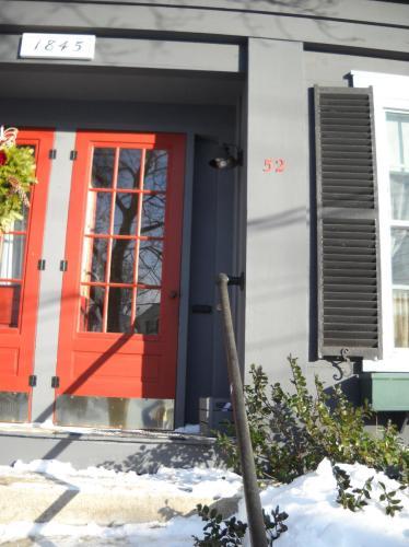 N Spring Street Photo 1