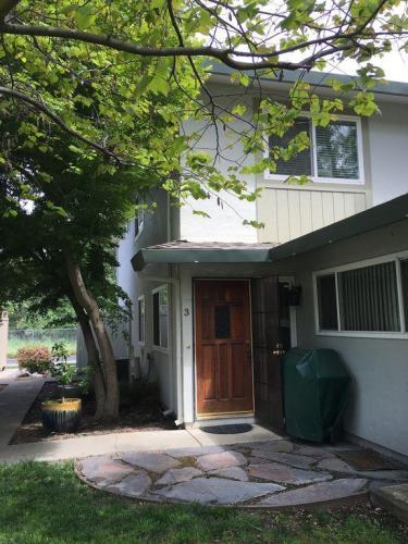 2185 Arroyo Court #3 Photo 1