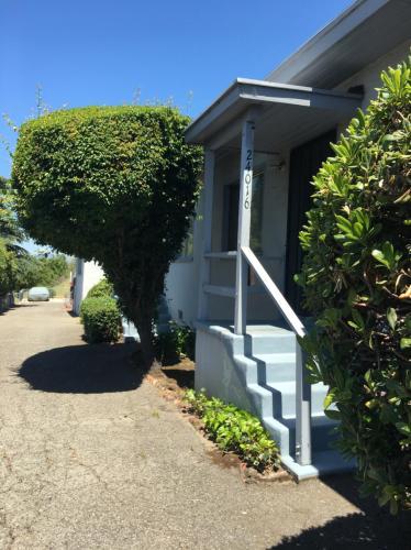 24016 2nd Street Photo 1
