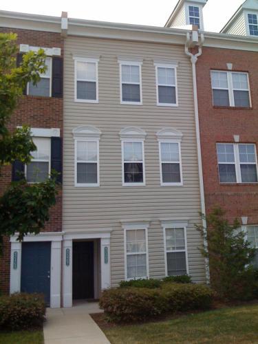 42467 Hollyhock Terrace Photo 1