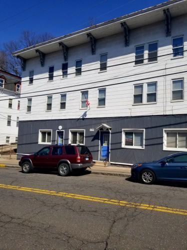 118 W Main Street Photo 1