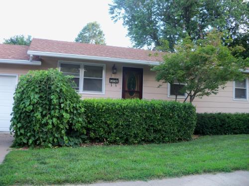 526 NE 6th Street Photo 1