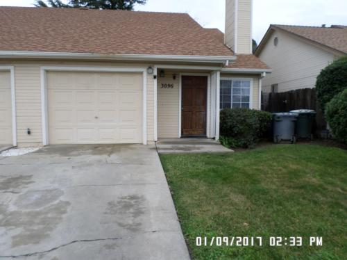 3096 Beverly Court Photo 1