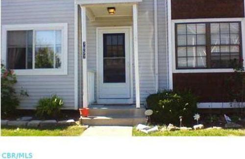 7857 Woodhouse Lane Photo 1