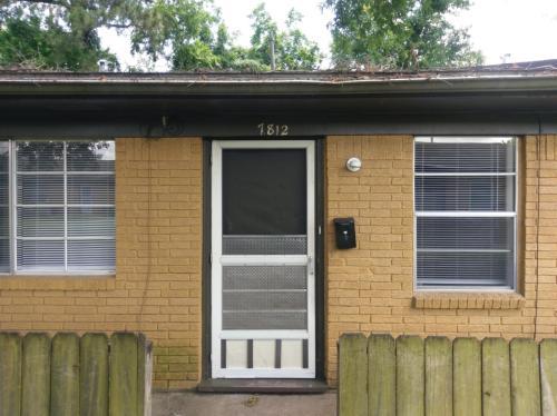 7812 Glass Street Photo 1