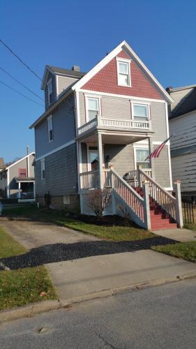 263 Chestnut Street Photo 1