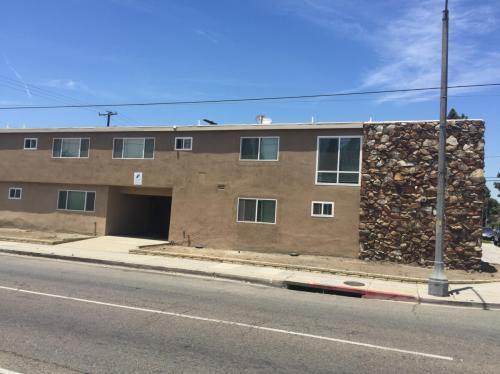 111 W Del Amo Boulevard Photo 1