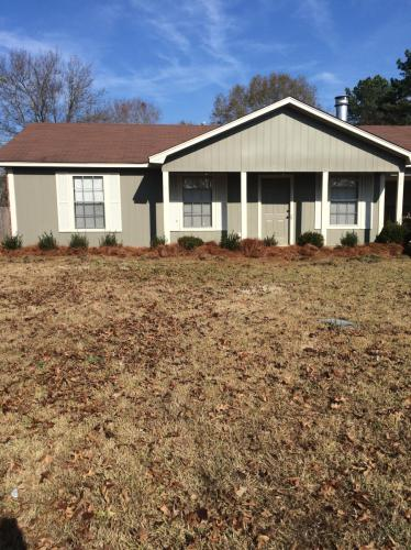102 Meadowview Circle Photo 1