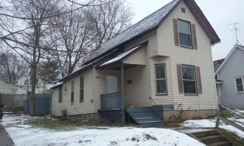 417 Spencer Street NE Photo 1