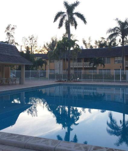 7480 Miami Lakes Drive Photo 1