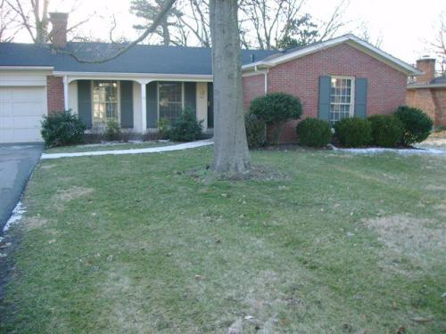 306 Castleview Drive Photo 1