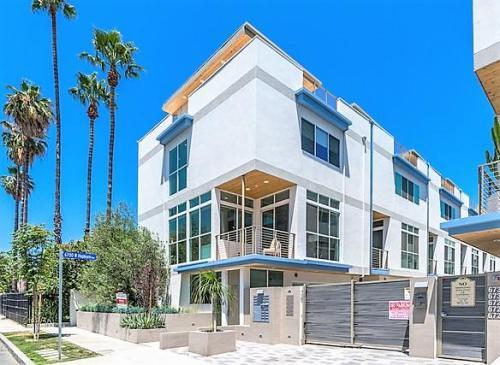 6724 W Hepburn Way Los Angeles Ca 90038 Photo 1