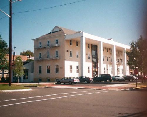 110 4th Avenue Photo 1