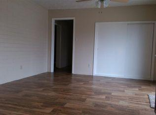 1005 Taylor Place Photo 1