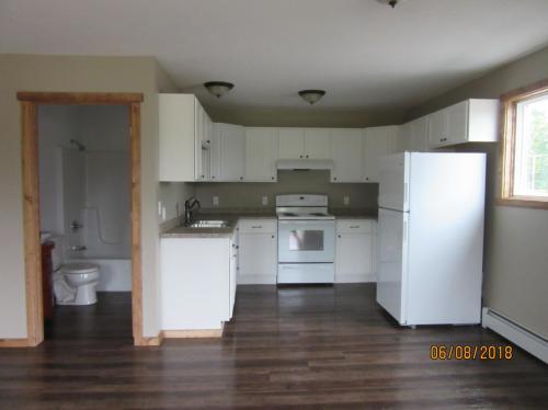 604 S Lake Avenue Photo 1