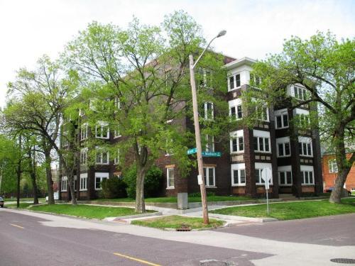 501 NE Madison Avenue #C Photo 1