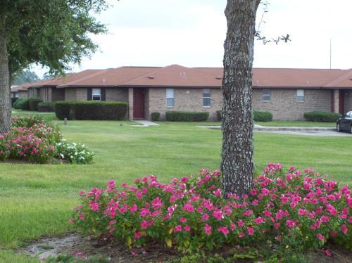 2100 Clover Ridge Court Photo 1
