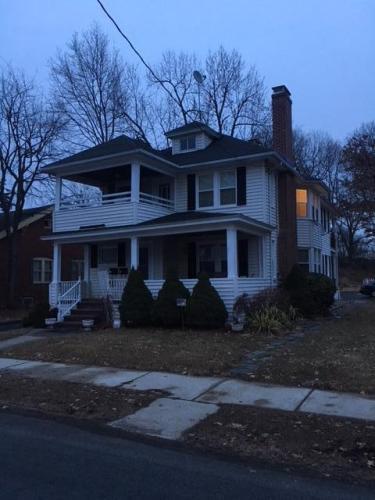 37 Hillcrest Avenue Photo 1
