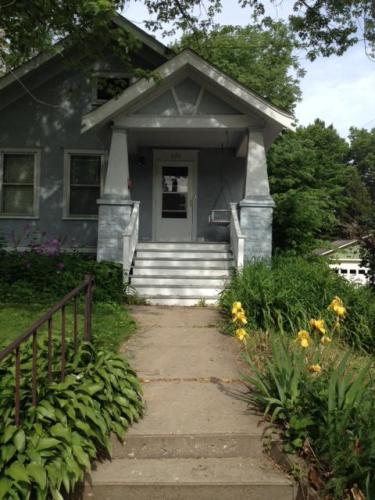 620 N Van Buren Street Photo 1
