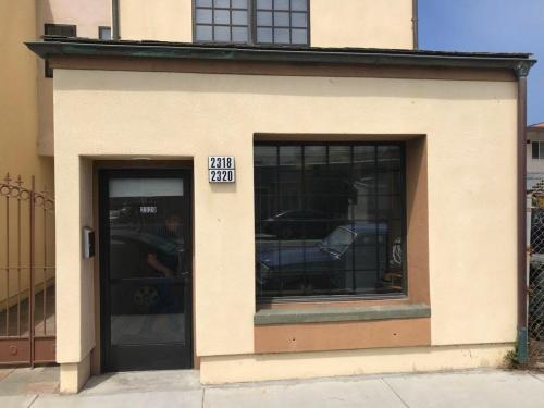 2320 Palmetto Avenue Photo 1