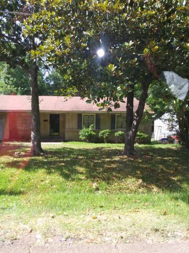 548 Lawrence Road Photo 1