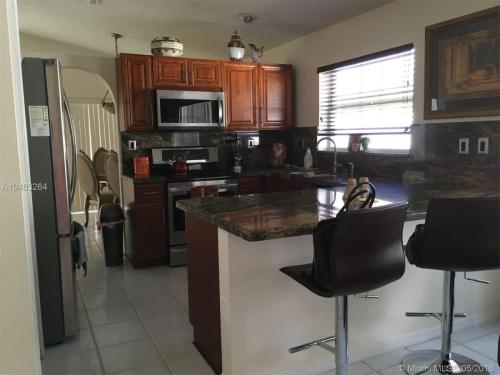 Broward County Fl Apartments For Rent From 150 To 19k A Month