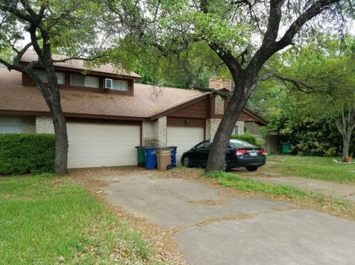 8801 Clearbrook Trail #A Photo 1