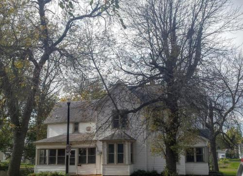 524 Bluff Street Photo 1