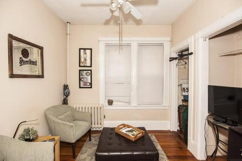 10 Montfern Avenue Photo 1