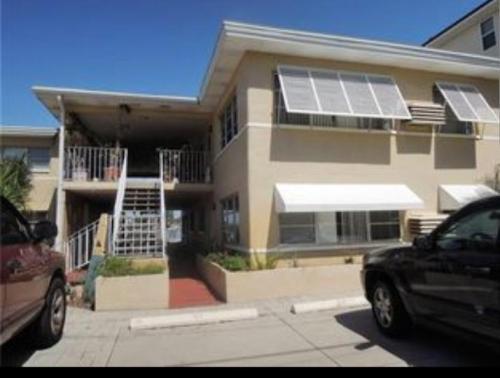 14225 N Bayshore Drive Photo 1