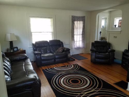 722 Florence Avenue #HOUSE Photo 1