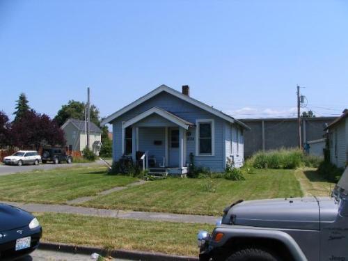 2138 Franklin Street Photo 1