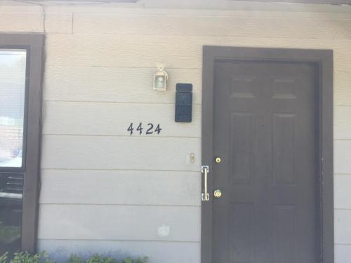 4424 S Union Avenue Photo 1