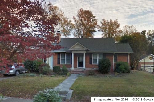 1809 Ridgewood Drive NE #UPPER Photo 1