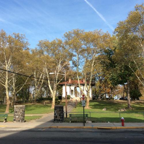 7812 Hudson Avenue Photo 1