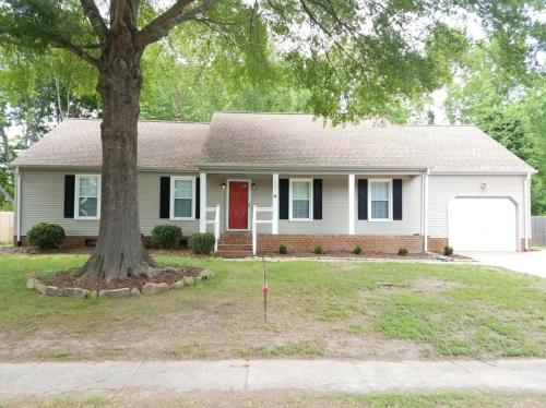 928 Weeping Willow Drive Photo 1