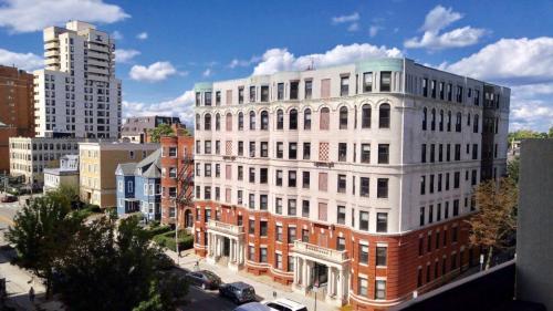 860 Massachusetts Avenue #505 Photo 1