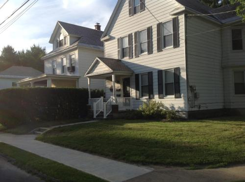 Sanders Avenue Photo 1