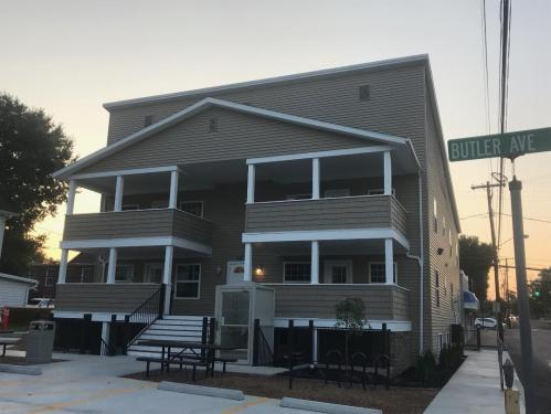 205 Butler Avenue NW Photo 1