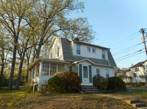 119 Parish Drive Photo 1